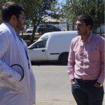 """ALCALDE RECIBIÓ AL NUEVO MÉDICO QUE SE INCORPORA AL CESFAM: DR. LUIS CONTRETAS, UN """"ALAMEÑO DE CORAZÓN"""""""